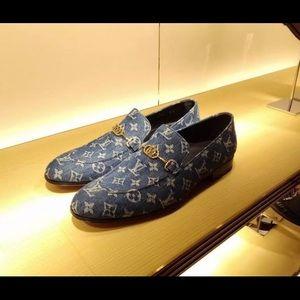 Loui v shoes
